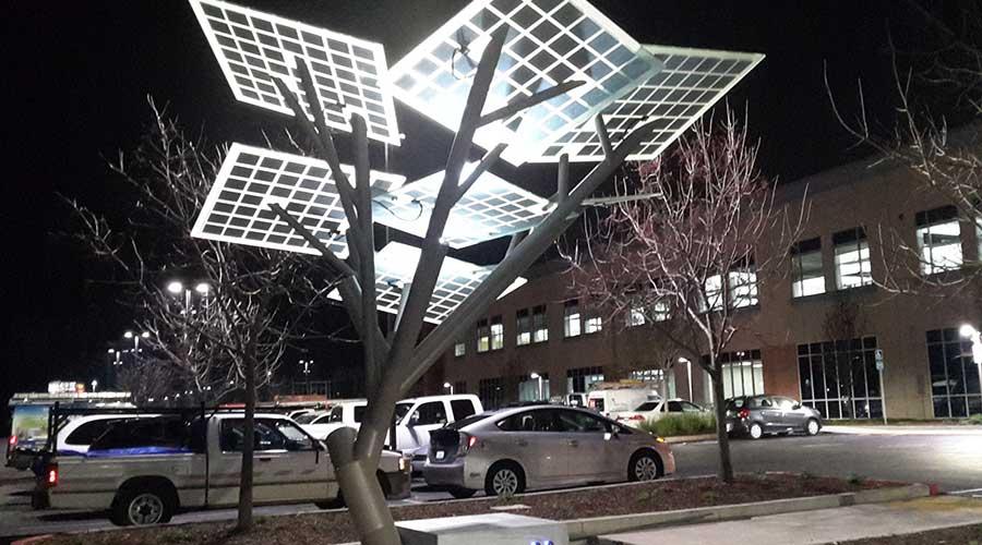 arbol de paneles solares