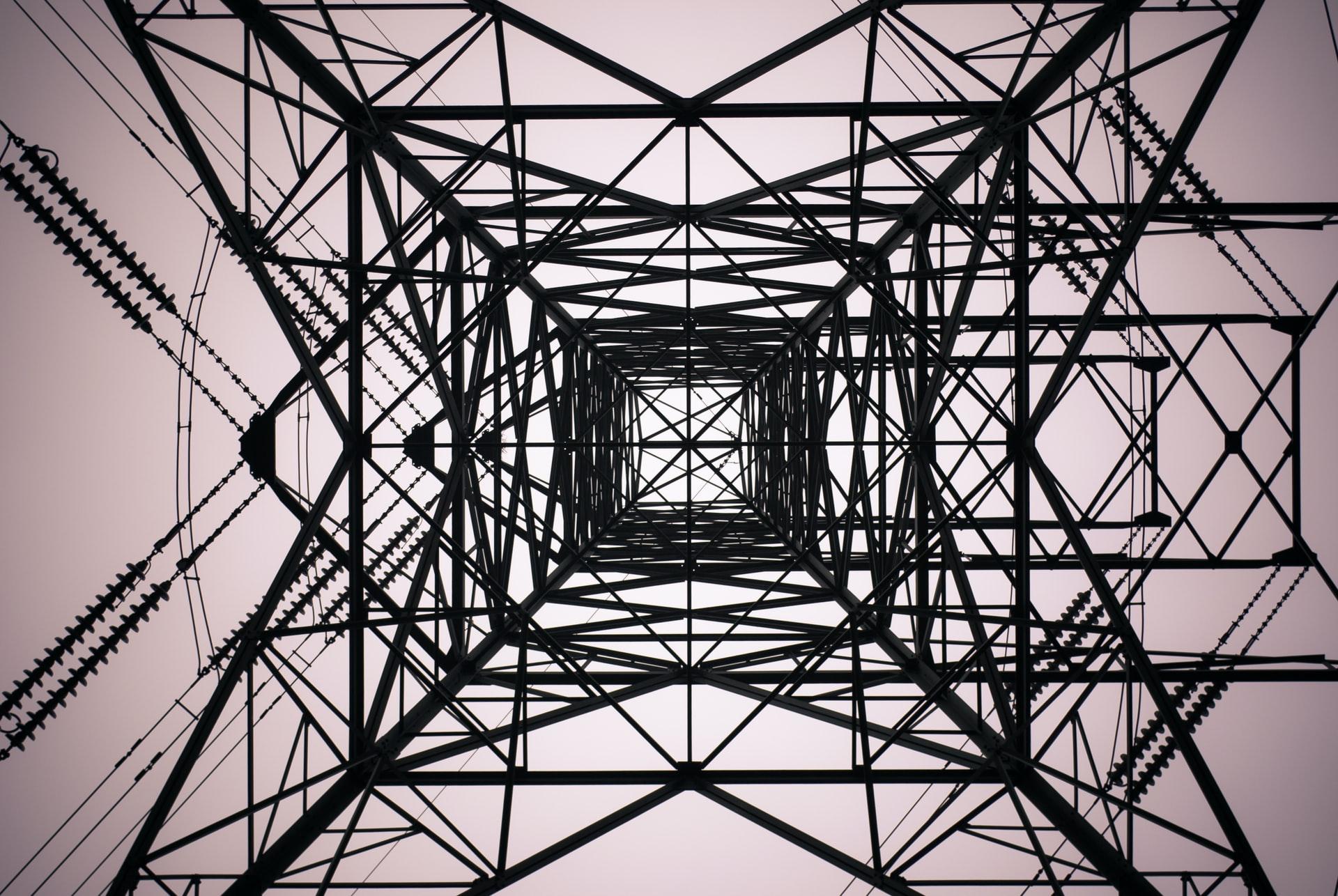 como-saber-si-la-potencia-electrica-de-tu-negocio-es-correcta